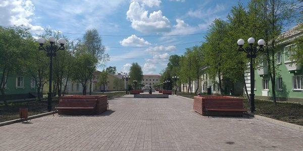 В городе Полевском открыли благоустроенную по нацпроекту «Жилье и городская среда» Аллею уральских мастеров