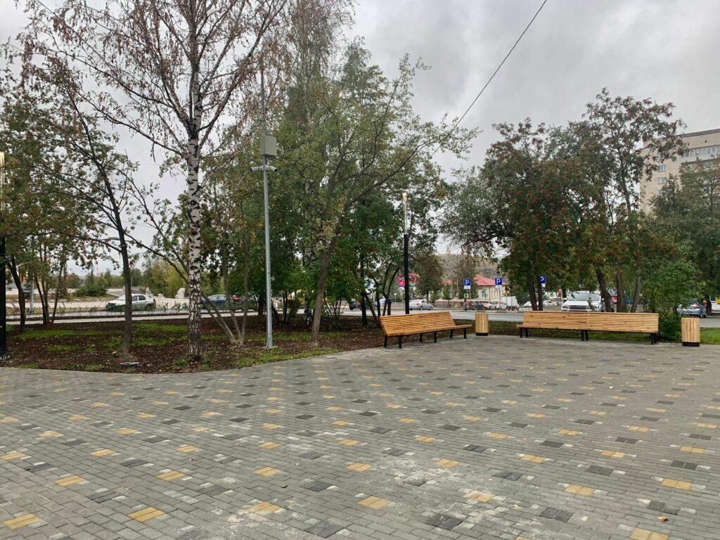 В Год медицинского работника, объявленный Евгением Куйвашевым, в Нижнем Тагиле открыли аллею врачей